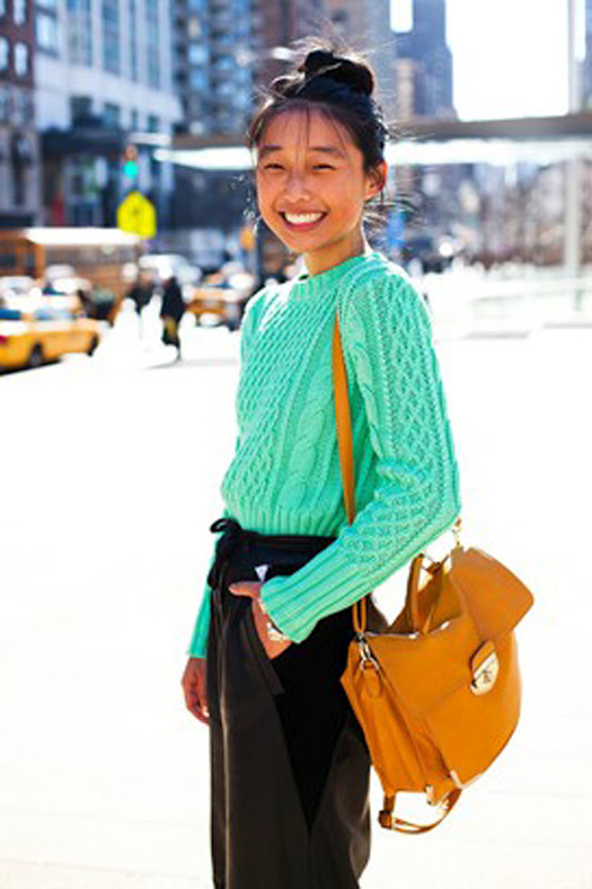 street-style-small-sweater
