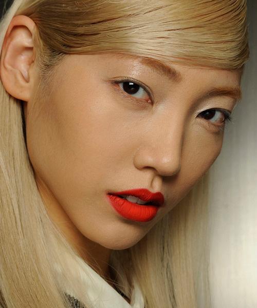 matte-red-lips