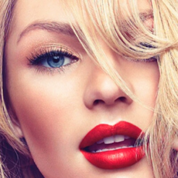 Valentines-Day-makeup-red-lips