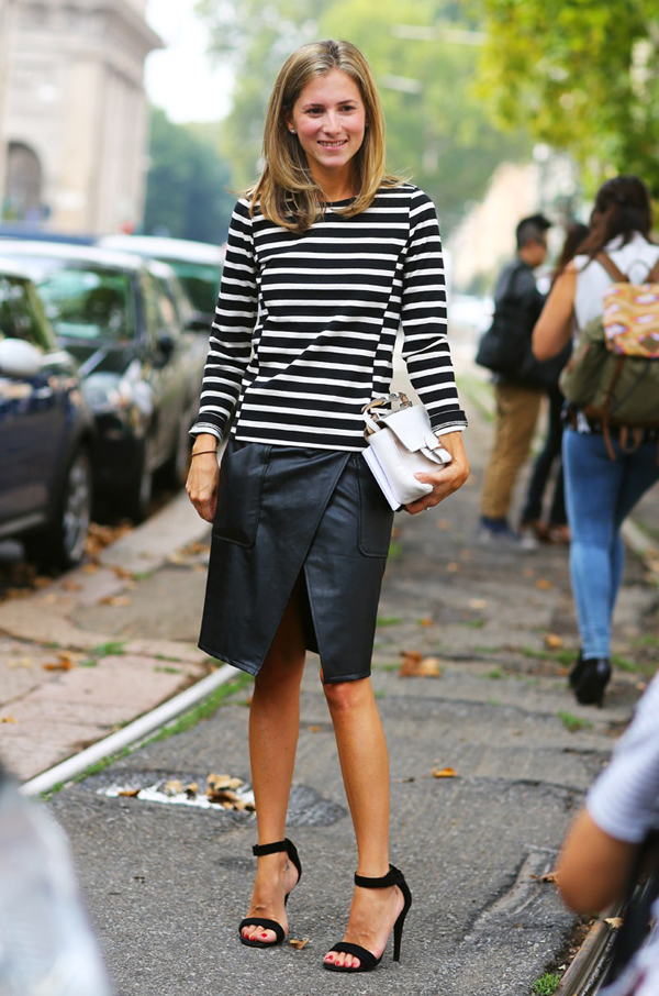 black-and-white-thin-horizintal-stripes-look