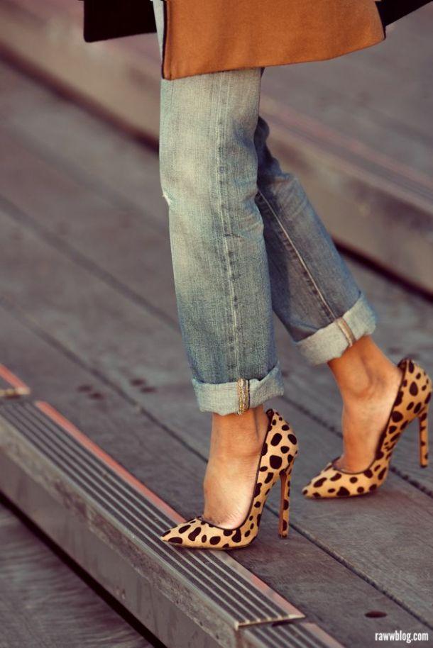 boyfirned-cuffed-jeans