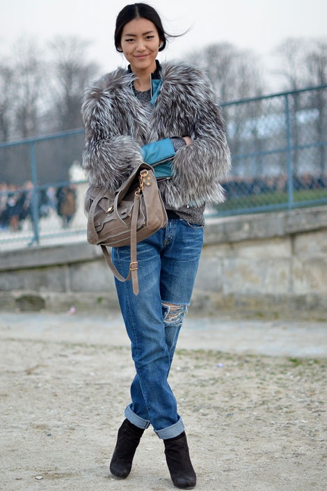 cuffed-boyfriend-jeans-street-style