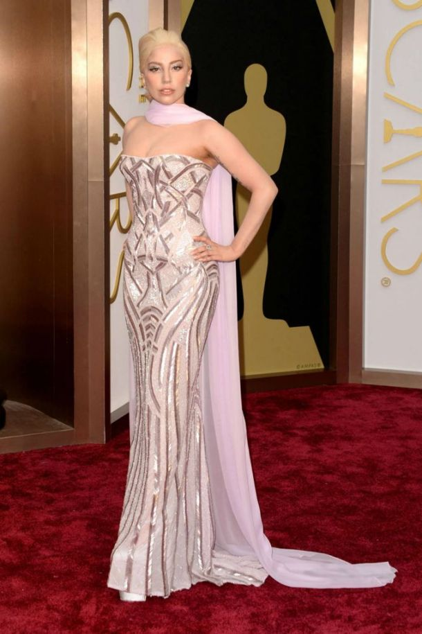 lady-gaga-2014-oscars-red-carpet