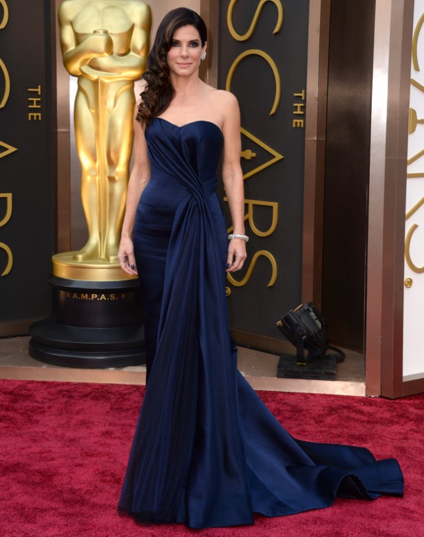 movies-oscars-2014-sandra-bullock-red-carpet