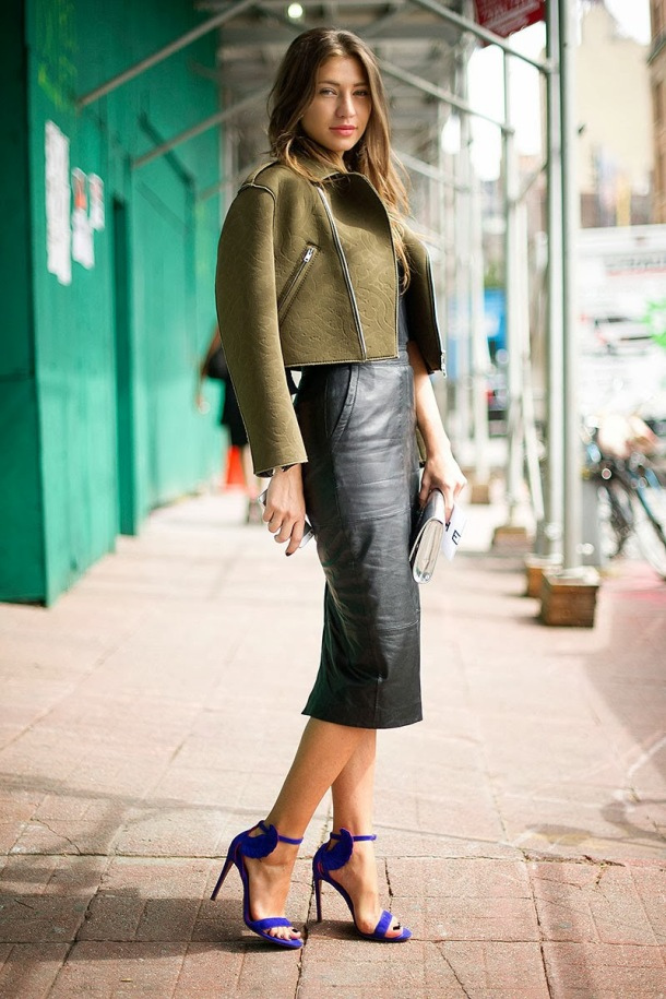 street-style-leather-midi-pencil-skirt