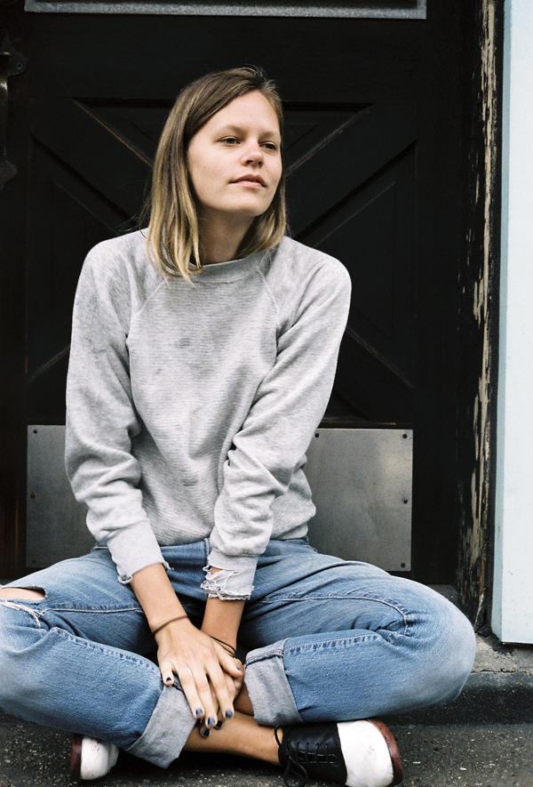 trend-cuffed-jeans