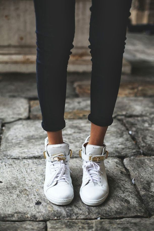 white-sneakers-looks-4