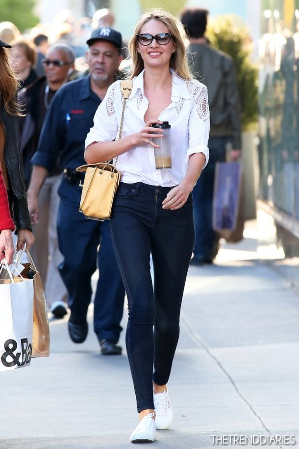 white-sneakers-street-style-11