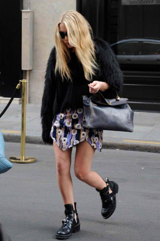 grunge-style-cut-out-booties