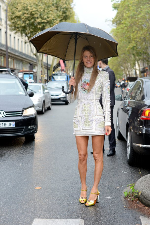 long-sleeve-white-spring-dresses-street-style