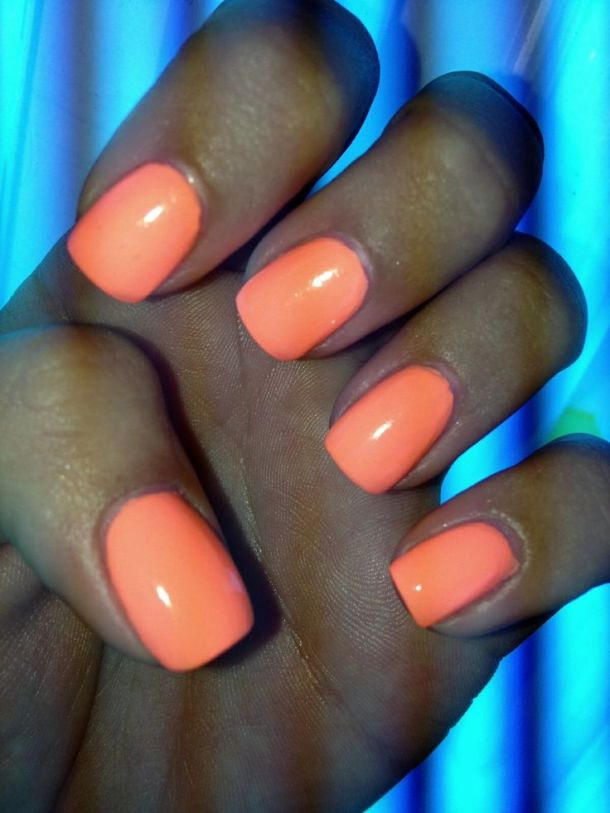 short-square-nails-style
