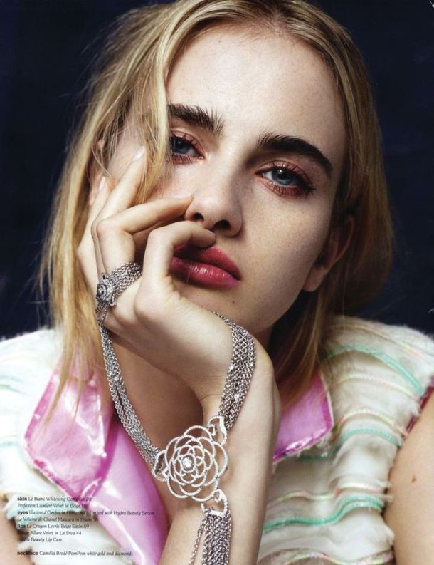 thick-eyebrows (3)
