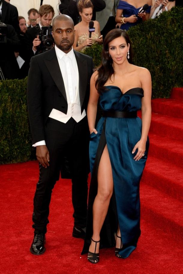 kim-kardashian-balmain-met-gala-2014-red-carpet