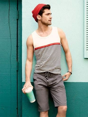 men-summer-trend-vests