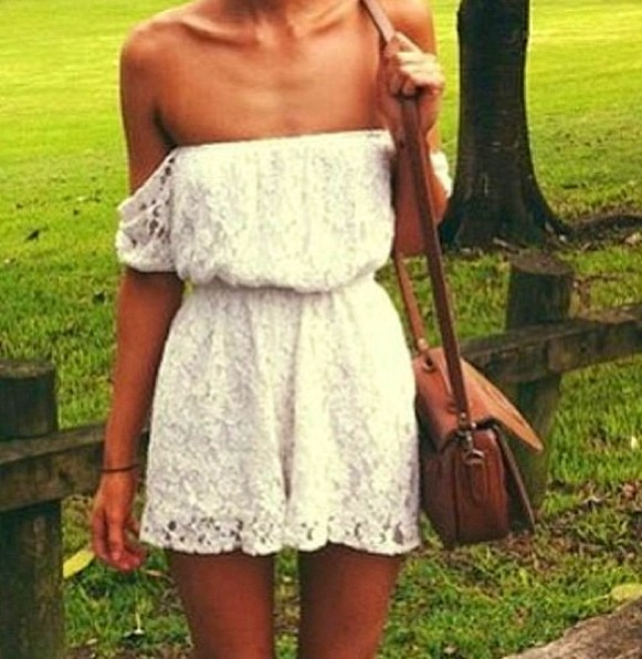 off-the-shoulders-lace-dress