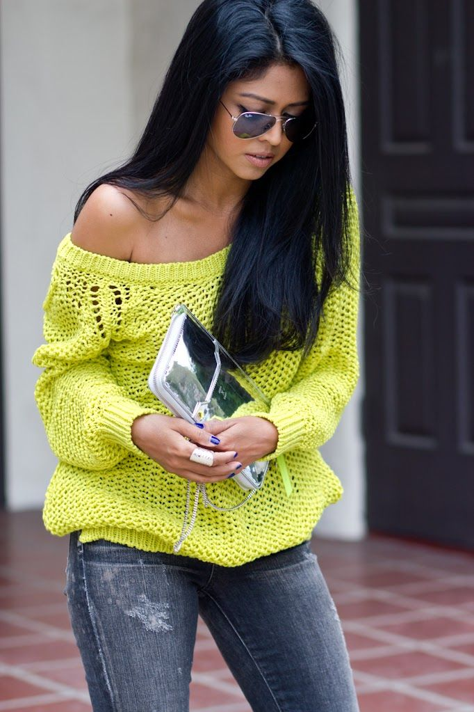 off-the-shoulders-sweater (2)