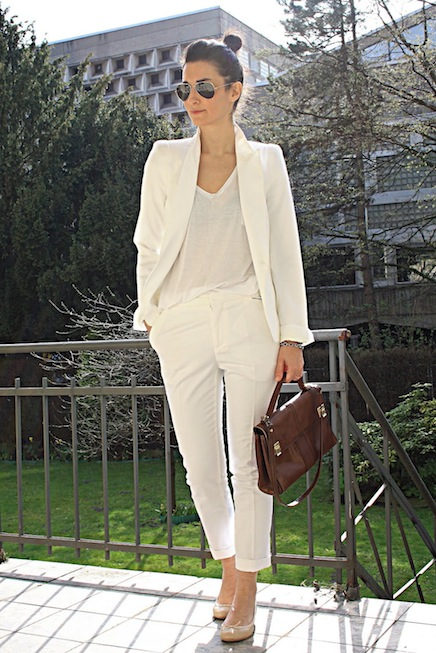 office-wear-all-white