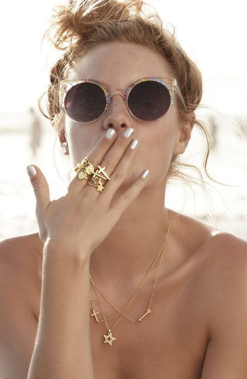 piling-tiny-jewellery