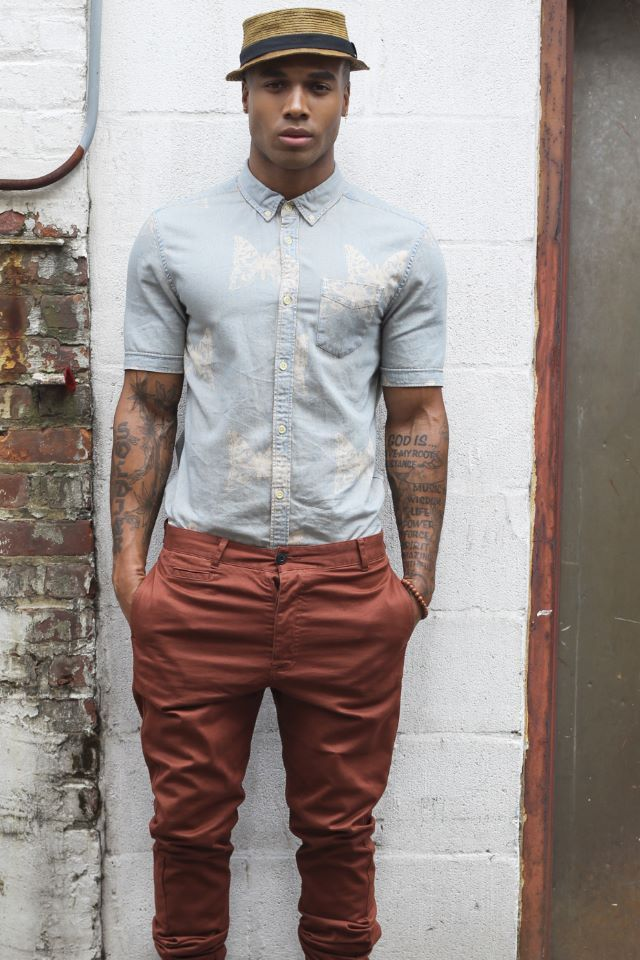 short-sleeve-shirt-men-look
