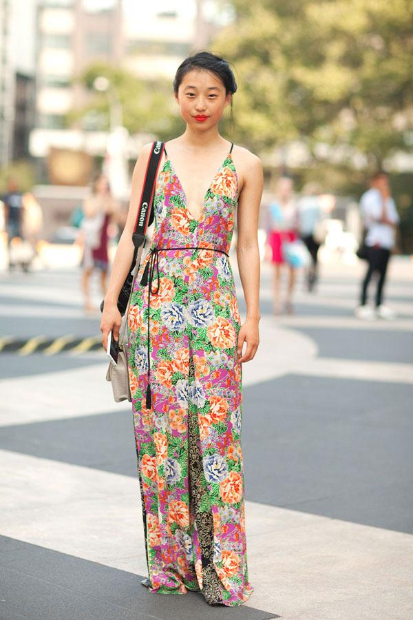 tropical-prints-trend-florals