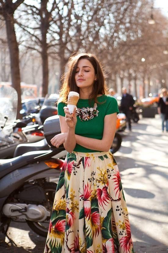 tropical-prints-trend-skirt