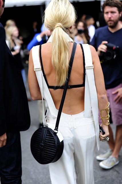 back-view-bra
