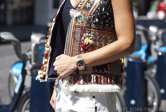 embroidered-vest-look