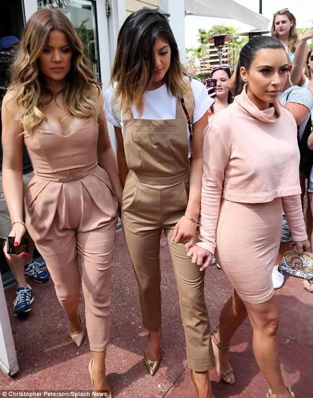 kylie-jenner-style-sisters