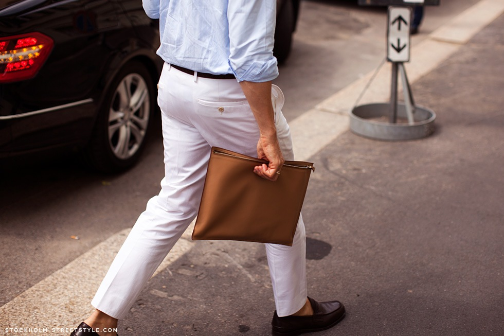 men-brown-clutch