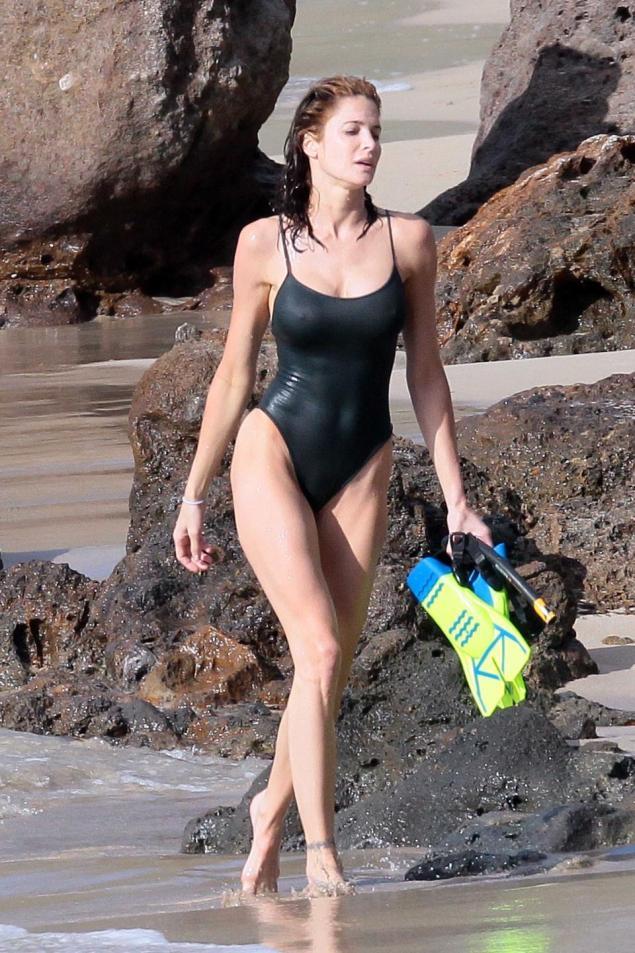 One piece style bikini