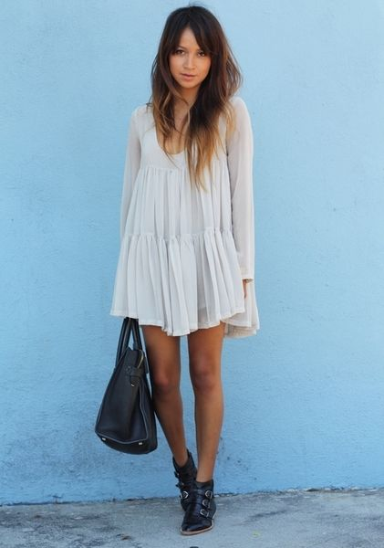 white-dress-simple-chic-styles-for-summer