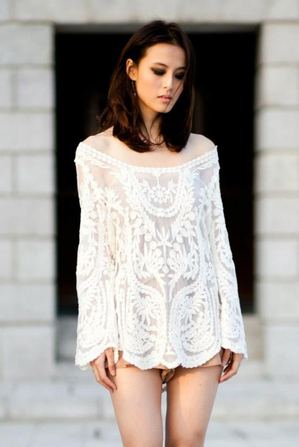 daytime-look-lace-blouse