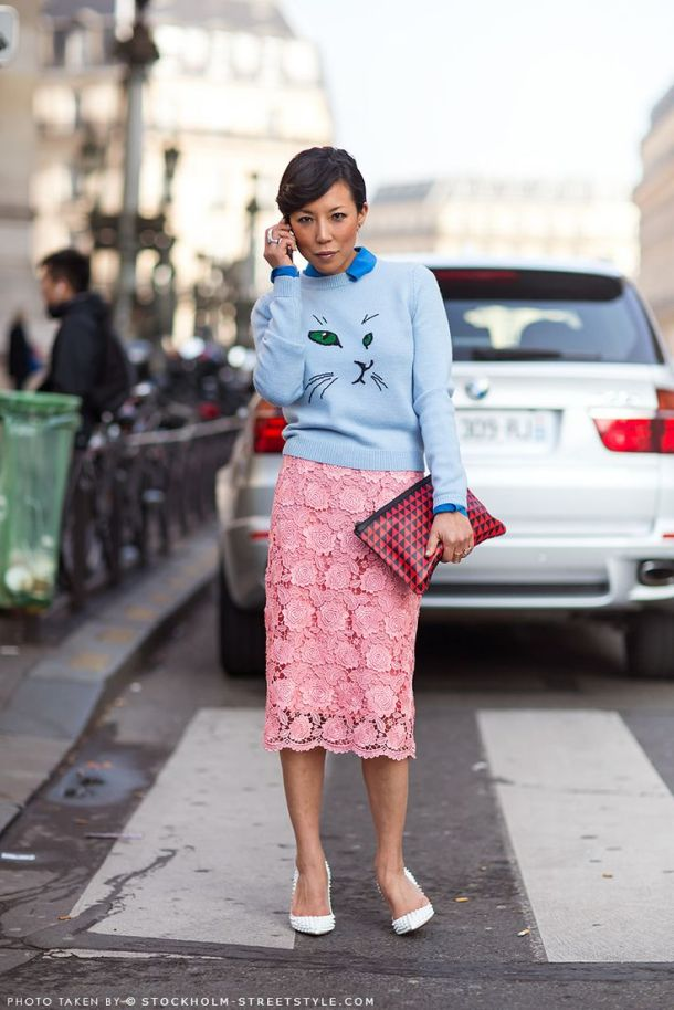 pink-lace-skirt