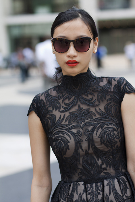summer-trend-black-lace