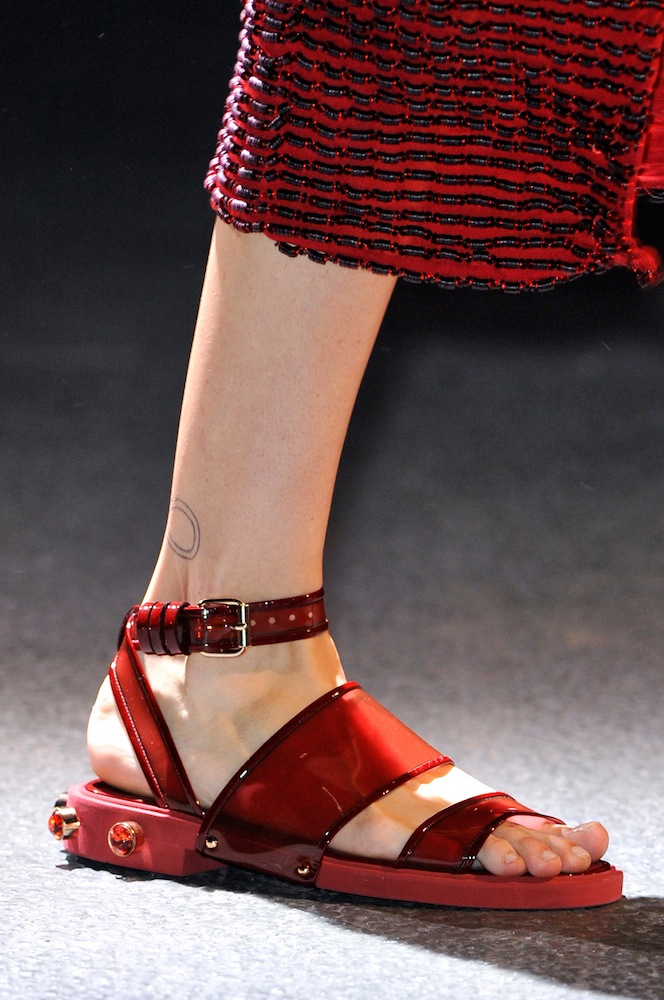 What Do You Think About The UGLY SHOES Trend?
