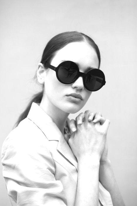 round-sunglasses-look