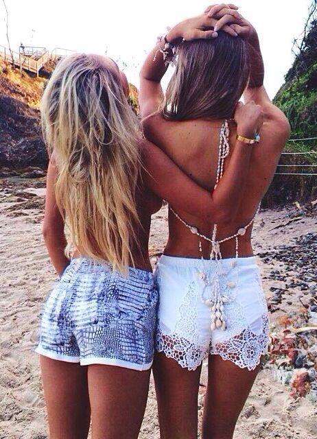 summer-shorts-beach-looks (2)