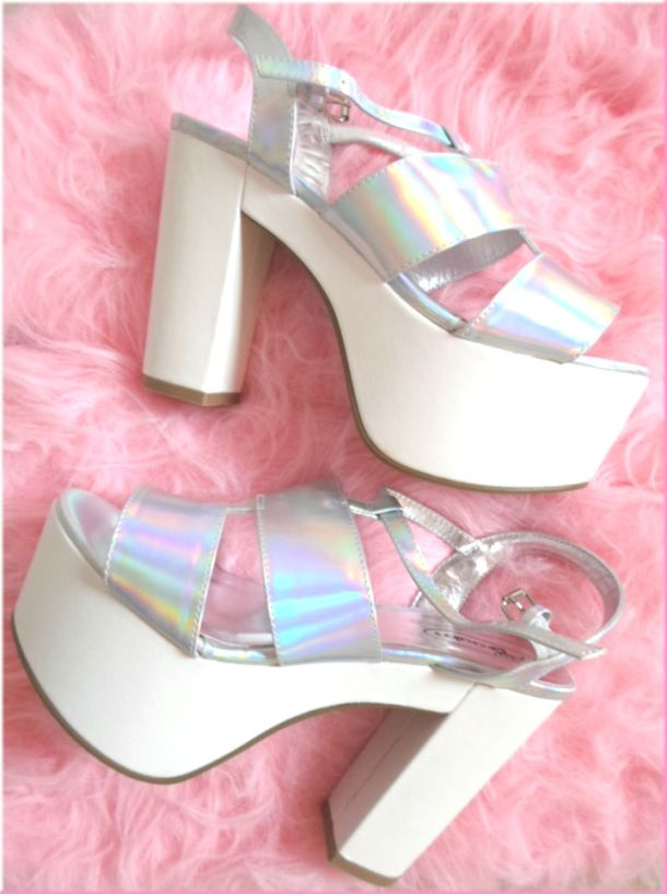 ugly-shoes-trend (2)