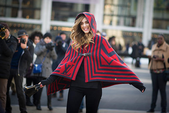 street-style-poncho-2015-fall-trend (4)