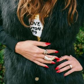 Autumn Look: Fur Vest & SequinsSweater